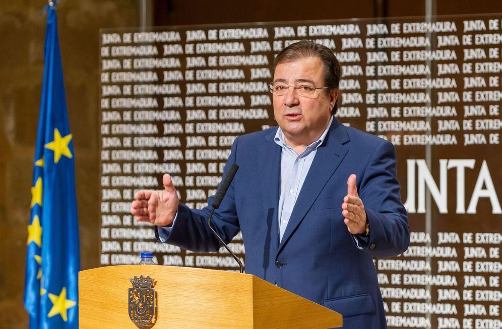 Foto: El presidente extremeño y coordinador general del consejo político federal del PSOE, Guillermo Fernández Vara, el pasado 11 de marzo. (EFE)
