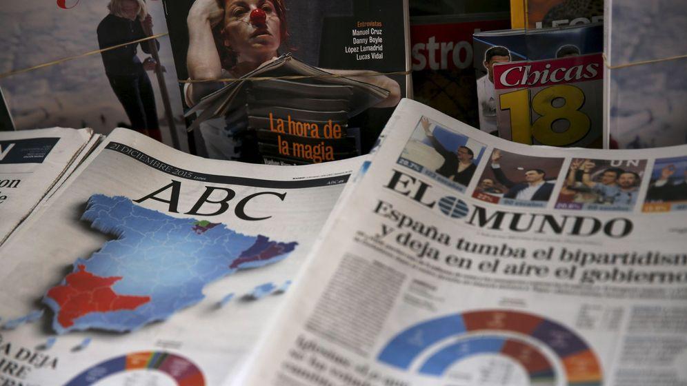 Foto: Fotografía de archivo de periódicos en un quiosco en Madrid. (Reuters)