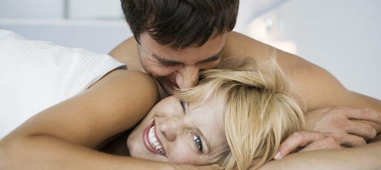 Foto: Las mujeres son más sensibles a las zonas erógenas, pero comparten con los hombres la gran mayoría de estas. (Corbis)