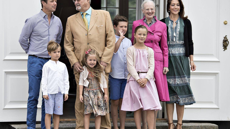Foto: La familia real danesa ofrece su tradicional posado de verano