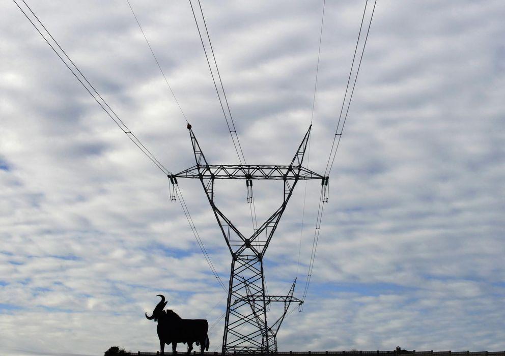 Foto: Un poste de líneas eléctricas (Reuters)