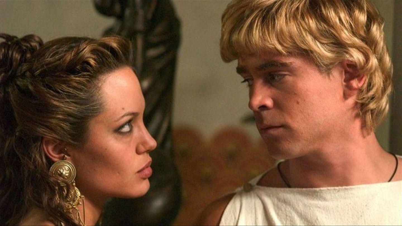 Angelina Jolie y Colin Farrell. (Warner)