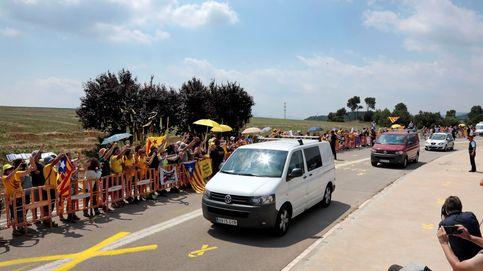 La llegada de Turull, Forn y Rull a la prisión de Lledoners (Barcelona), en imágenes