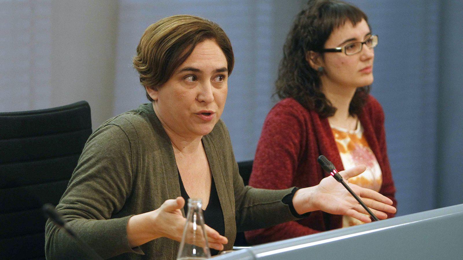 Foto: La alcaldesa de Barcelona, Ada Colau, durante una rueda de prensa. (Efe)