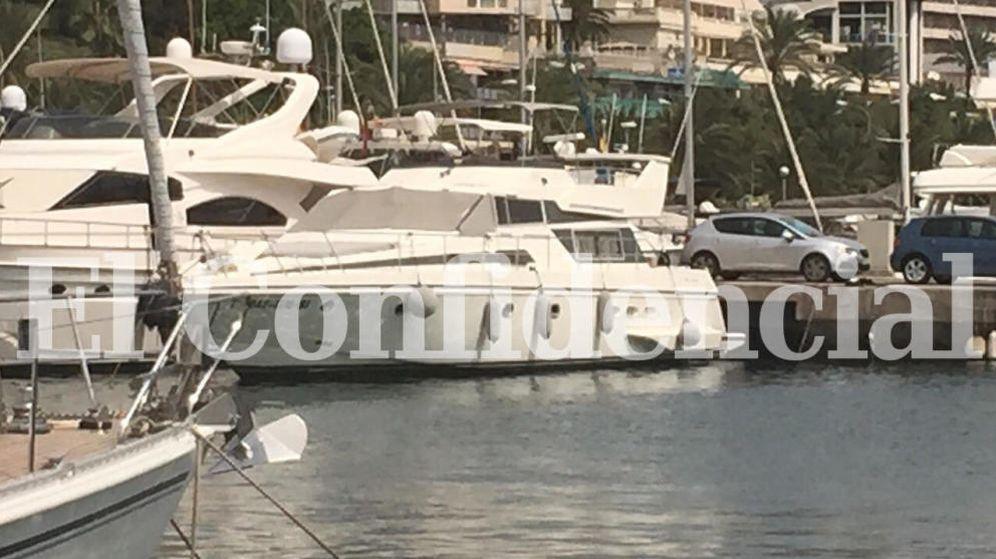Foto: Imagen del yate 'Myriam' de la familia López Madrid, propiedad en estos momentos de otra persona. Está fondeado en el puerto Club de Mar de Palma de Mallorca. ('El Confidencial')