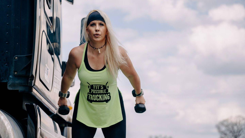 El propósito de hacer un entrenamiento de resistencia es compensar esa pérdida de masa y fuerza muscular (Unsplash)