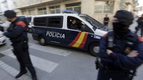 El Ayuntamiento de Pineda pide serenidad ante la polémica de los policías alojados