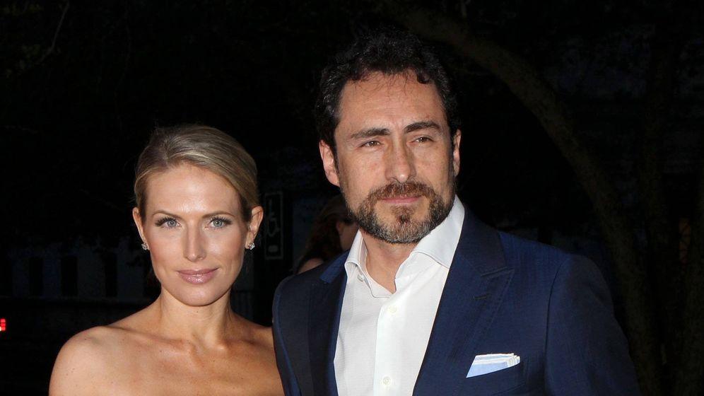 Foto: Demián Bichir junto a su esposa en una imagen de archivo. (Cordon Press)