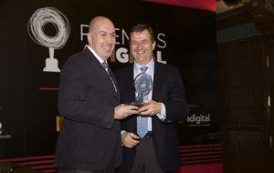 El Confidencial recibe el premio Adigital a la Comunicación