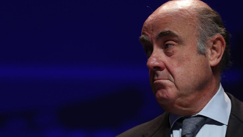 Guindos deja entrever que el BCE mejorará las previsiones de crecimiento de la eurozona