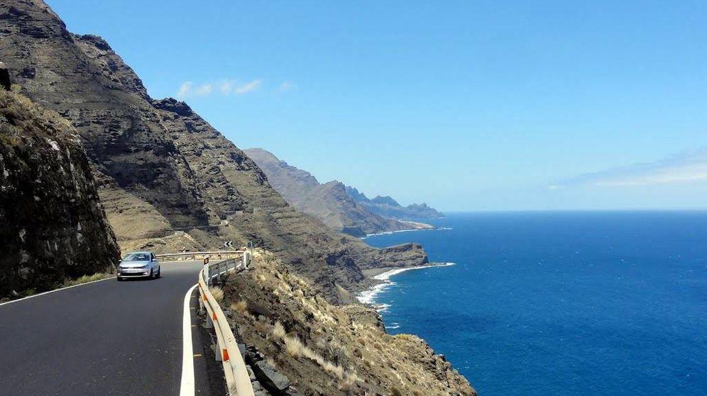 Foto: Tramo de la carretera GC-200 entre La Aldea de San Nicolás y Agaete, ahora cerrado. (Talavan)