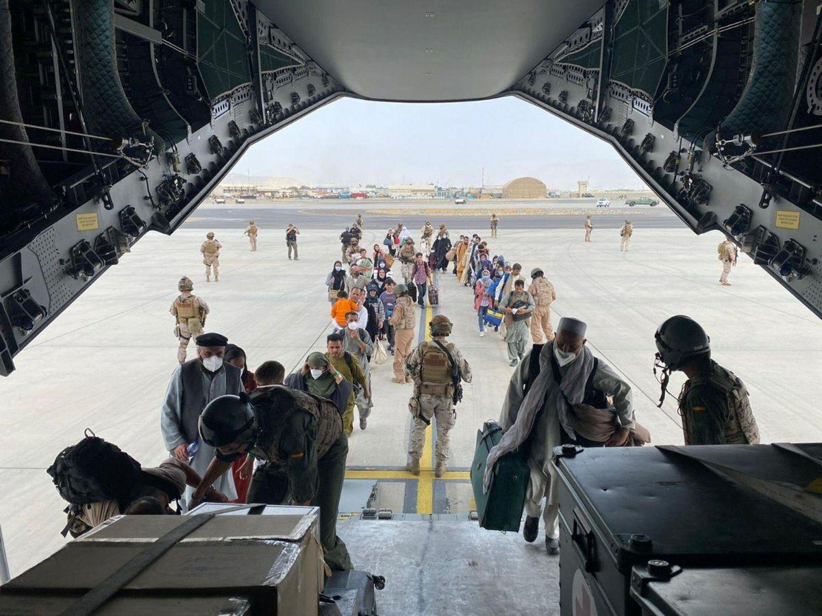 Foto: El primer avión para evacuar españoles y afganos despega de Kabul. (EFE)