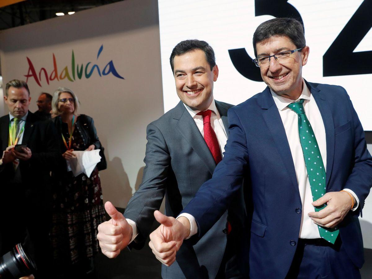 Foto: El presidente de la Junta, Juanma Moreno, y el vicepresidente, Juan Marín. (EFE)