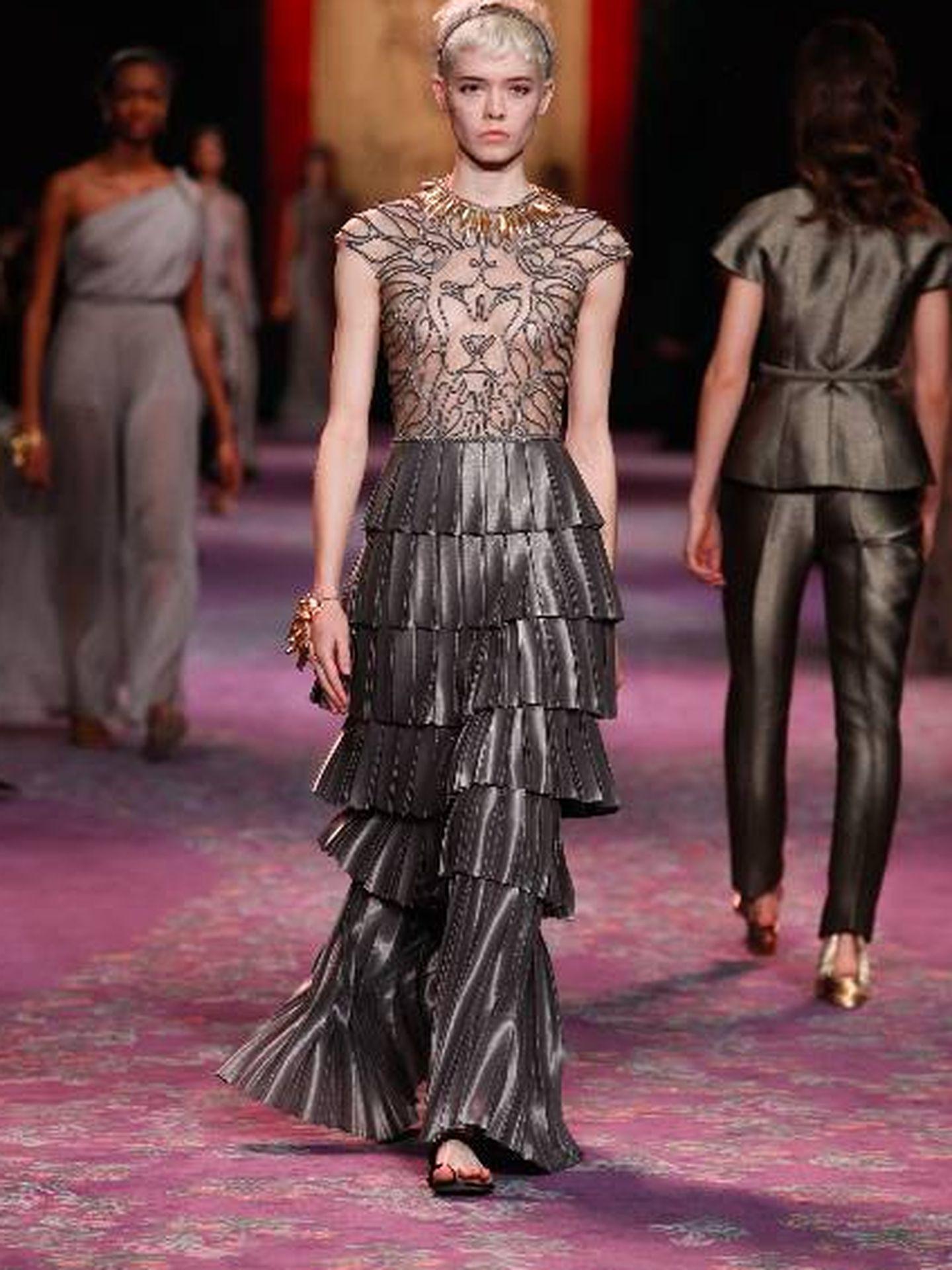 Un momento del desfile. (Christian Dior)