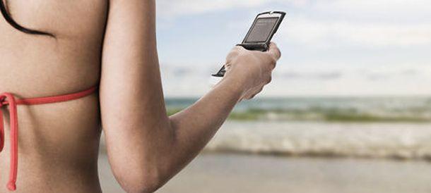 Foto: ¿Es conveniente que consultemos los correos del trabajo en vacaciones? (Corbis)