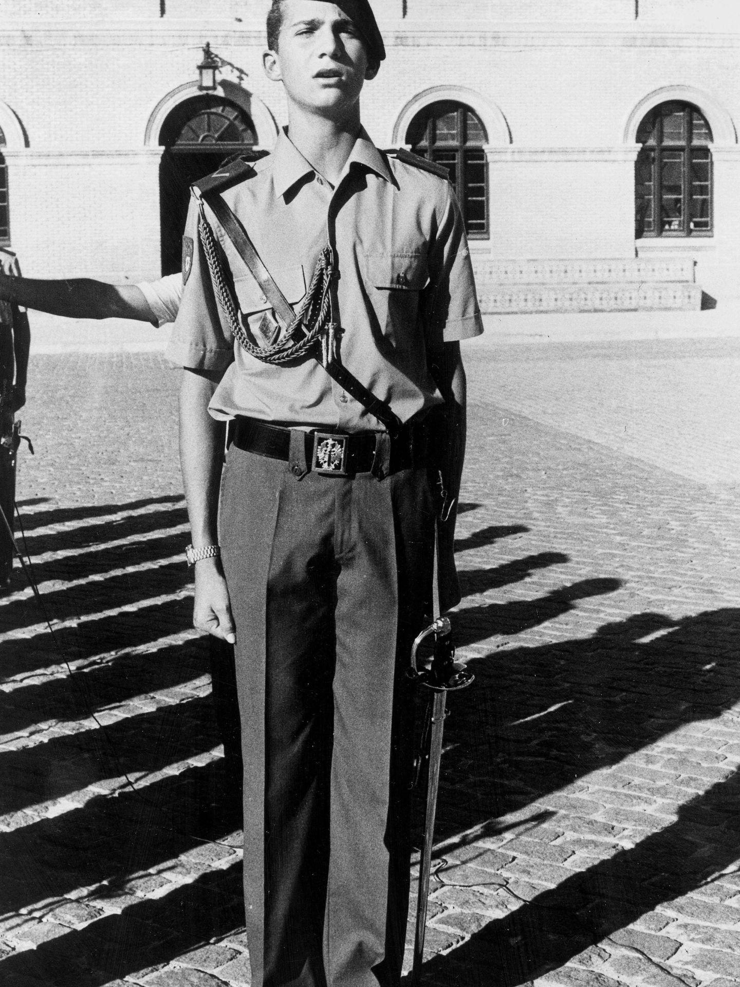 El príncipe Felipe, en octubre de 1985, en la Academia Militar de Zaragoza. (Cordon Press)
