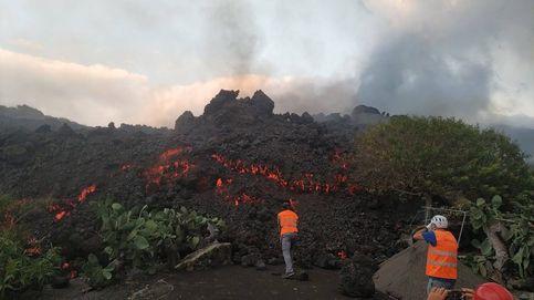 Directo   Tratan de canalizar la lava para salvar viviendas: Por intentarlo, que no sea