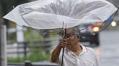 Un muerto y decenas de heridos por el paso de un nuevo tifón en Japón