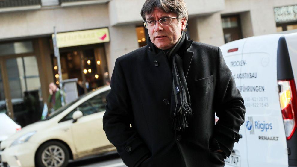 El independentismo, entre el cabreo y la risa por los 'sellos de Puigdemont'