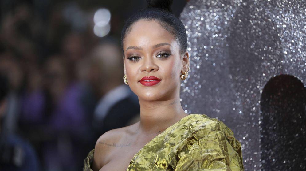 Foto  Rihanna en el estreno londinense de  Ocean s 8 . bc24bb263968