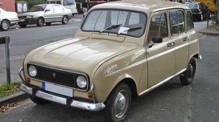Esto es ser austero: el Papa elige un Renault 4 de 1984 para uso diario