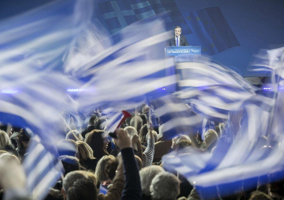 Foto: El primer ministro griego, Andonis Samarás, pronuncia unas palabras durante el último acto de la campaña electoral de su partido, Nueva Democracia (Efe).