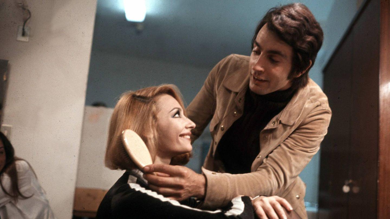Raffaella Carrà, con un corte de pelo bob y en plena transición cromática en 1969. (Cordon Press)