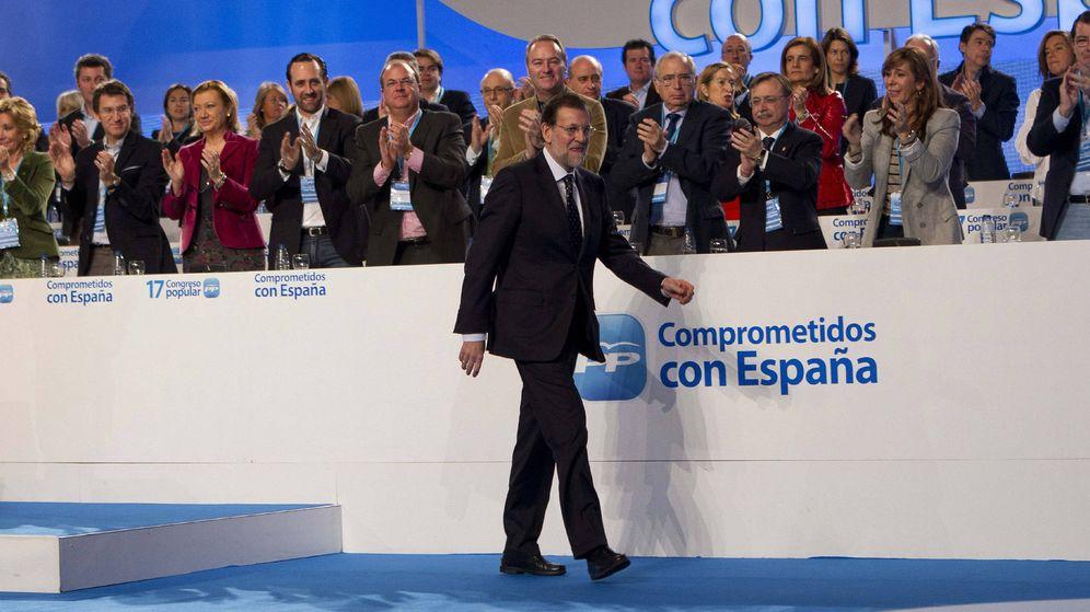 Foto: El presidente del Gobierno, Mariano Rajoy, antes de su intervención en la clausura del 17 Congreso nacional del PP. (EFE)