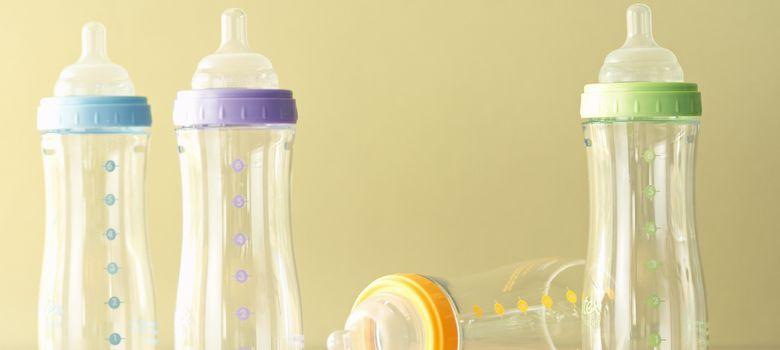 Foto: La mayoría de biberones de plástico contienen Bisfenol A. (Corbis)