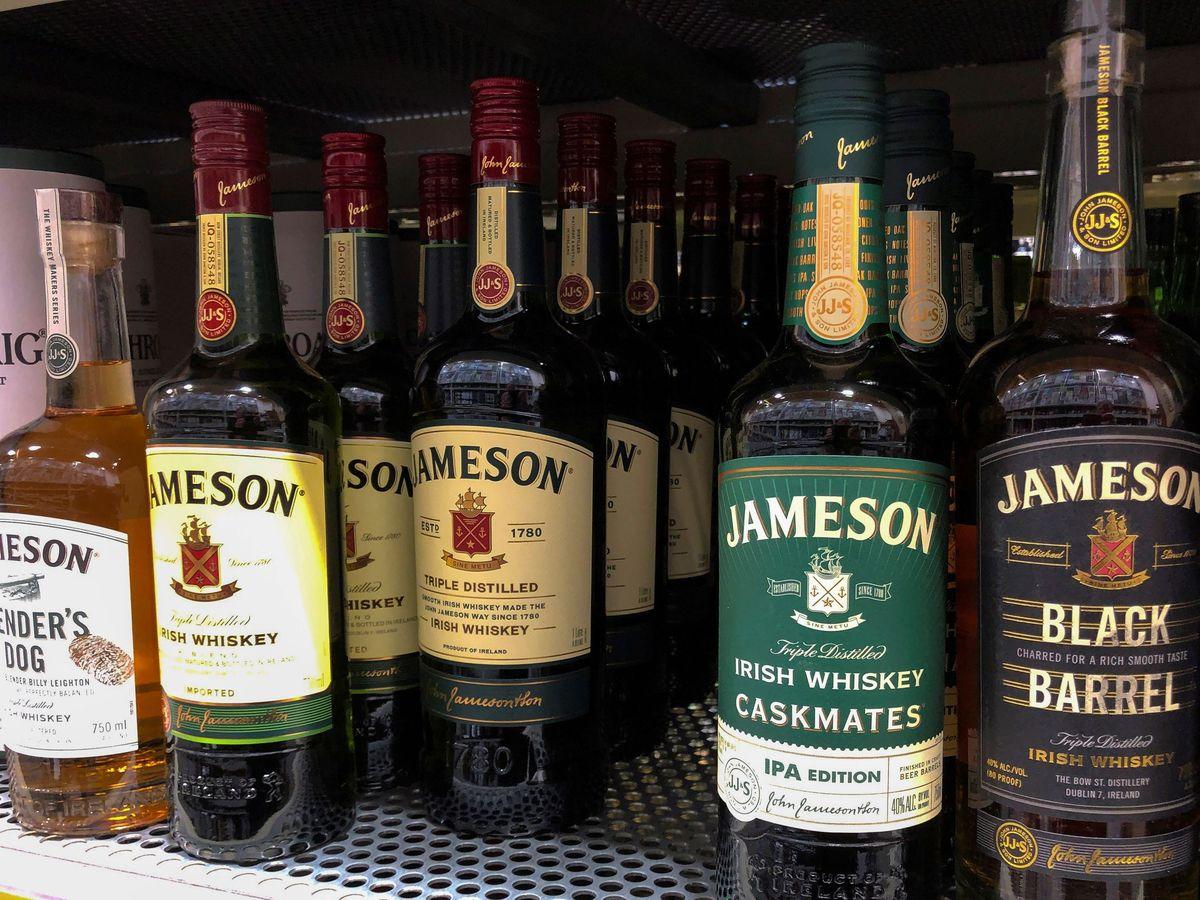 Foto: Unas botellas de whiskey escocés. (EFE)