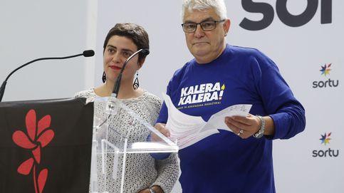 'En libertad Kubati y los otros tres detenidos por homenajear a una etarra fallecida