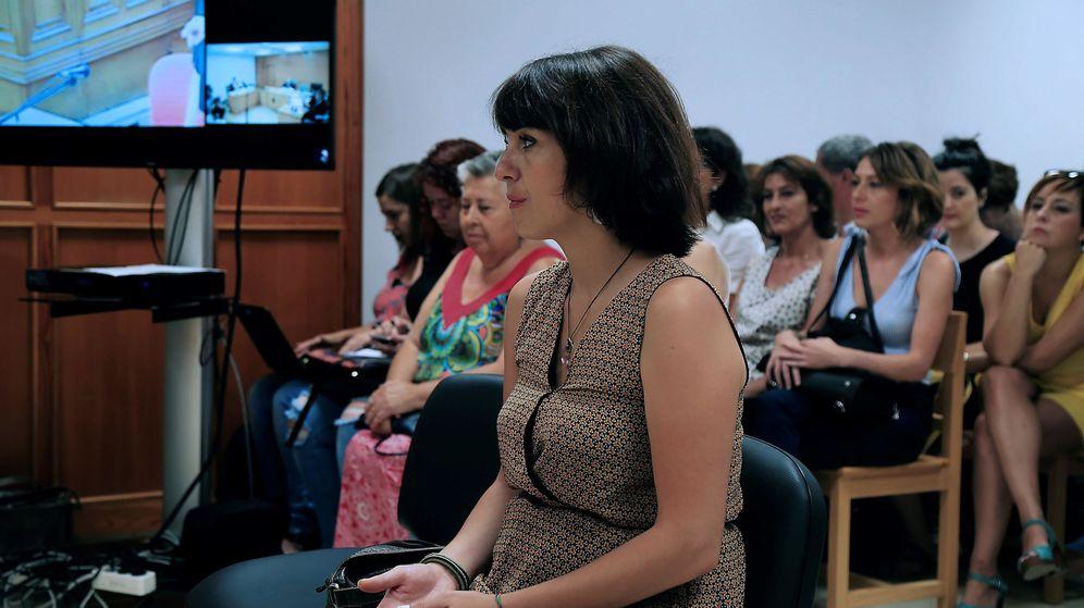 Foto: Juana Rivas en el juzgado de Granada. (EFE)