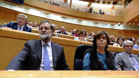 Dos de cada tres españoles aprueban el 155 pero creen que fracasó por 'blando'