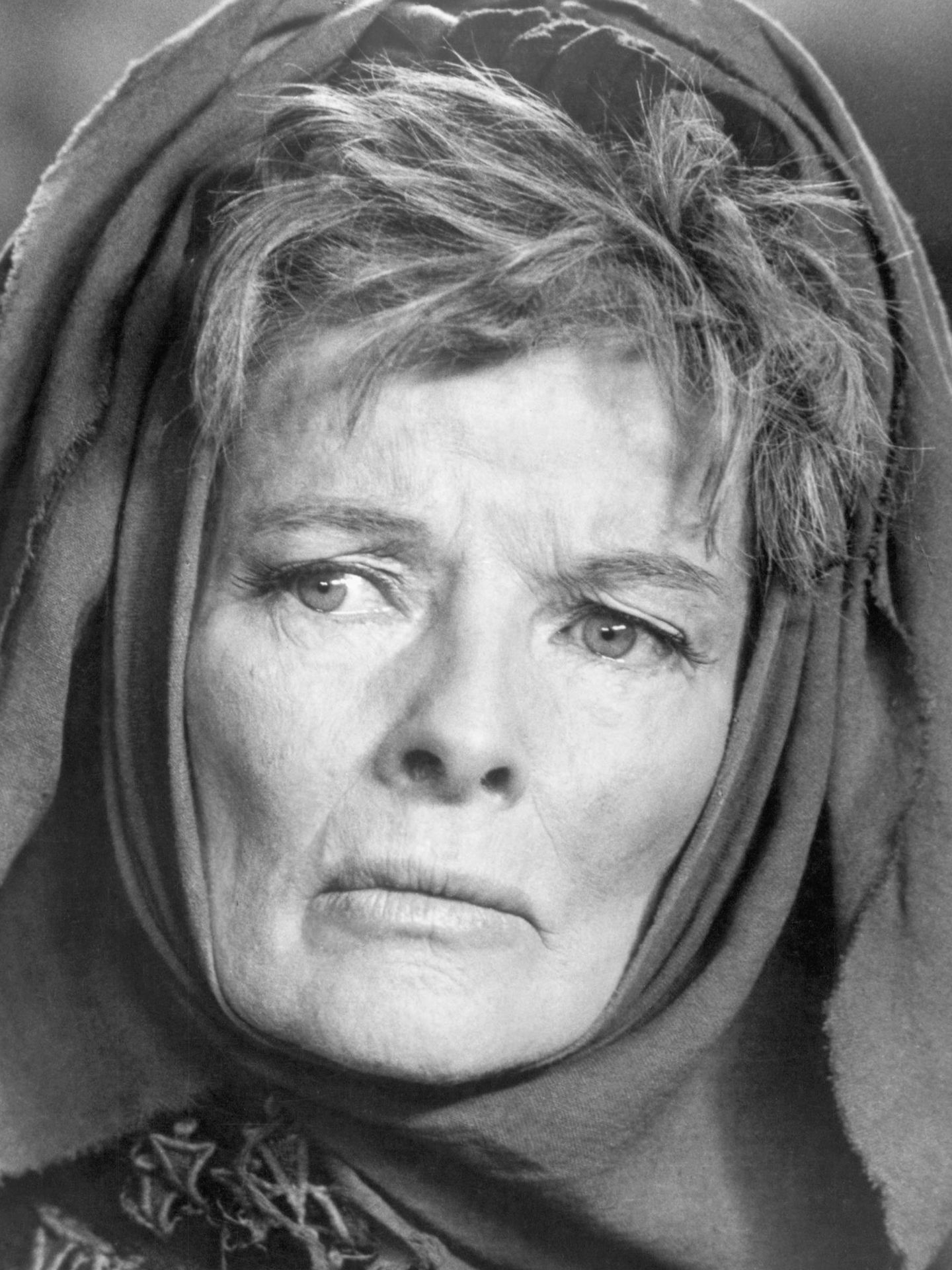 Katharine Hepburn como Hécuba en 'Las Troyanas'. (Getty)
