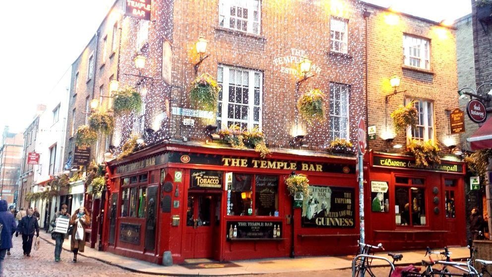 Celebra San Patricio en los pubs de Dublín con la negra más atractiva