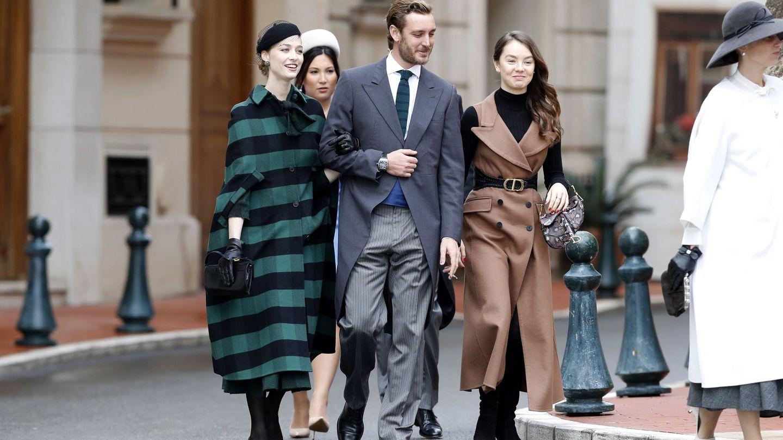 Pierre Casiraghi, Beatrice Borromeo y  Alexandra de Hannover. (EFE)