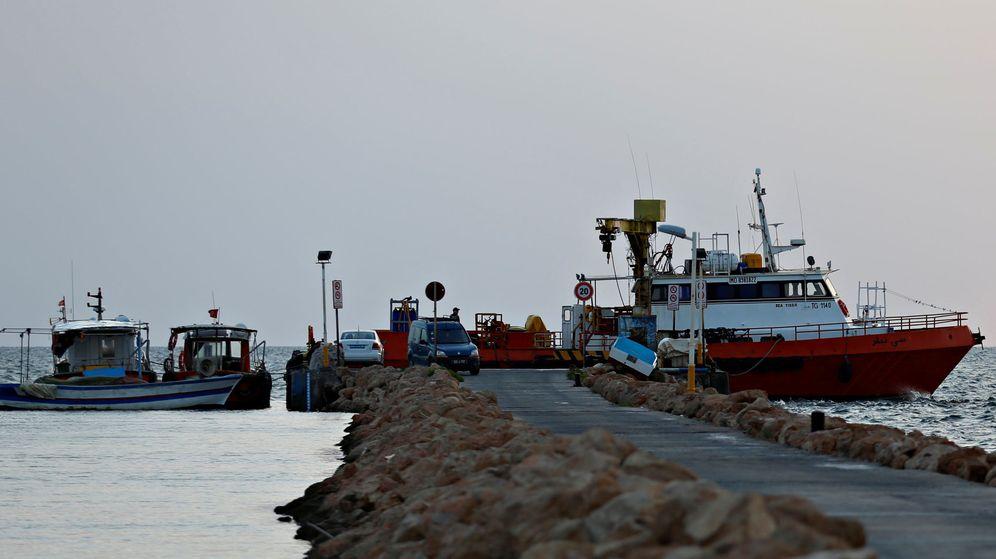 Foto: Barcos en un puerto tunecino. (Reuters)