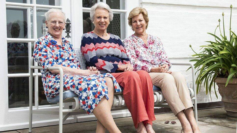 Margarita de Dinamarca, con sus hermanas. (Kongehuset)