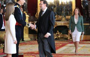 Empresarios, políticos, toreros y periodistas: todos caben en los salones de Felipe VI