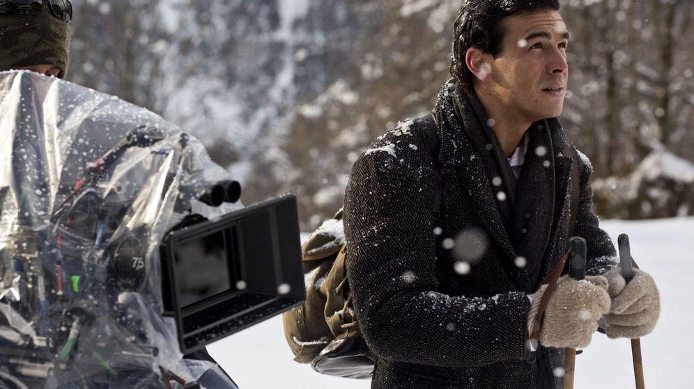 Foto: Mario Casas en el rodaje de 'Palmeras en la nieve'