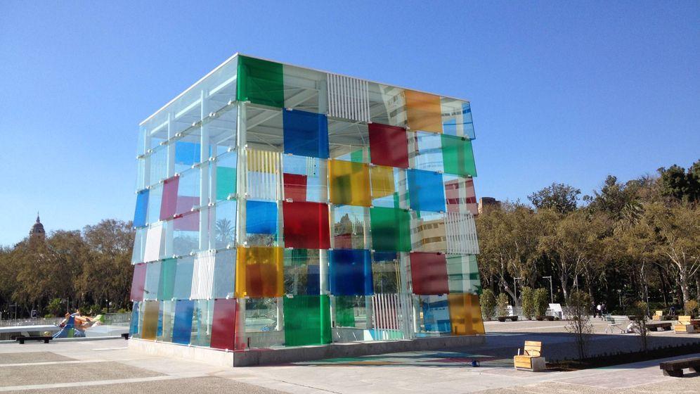 Foto: Cubo del Pompidou Málaga, icono de la Málaga contemporánea. (A. R.)