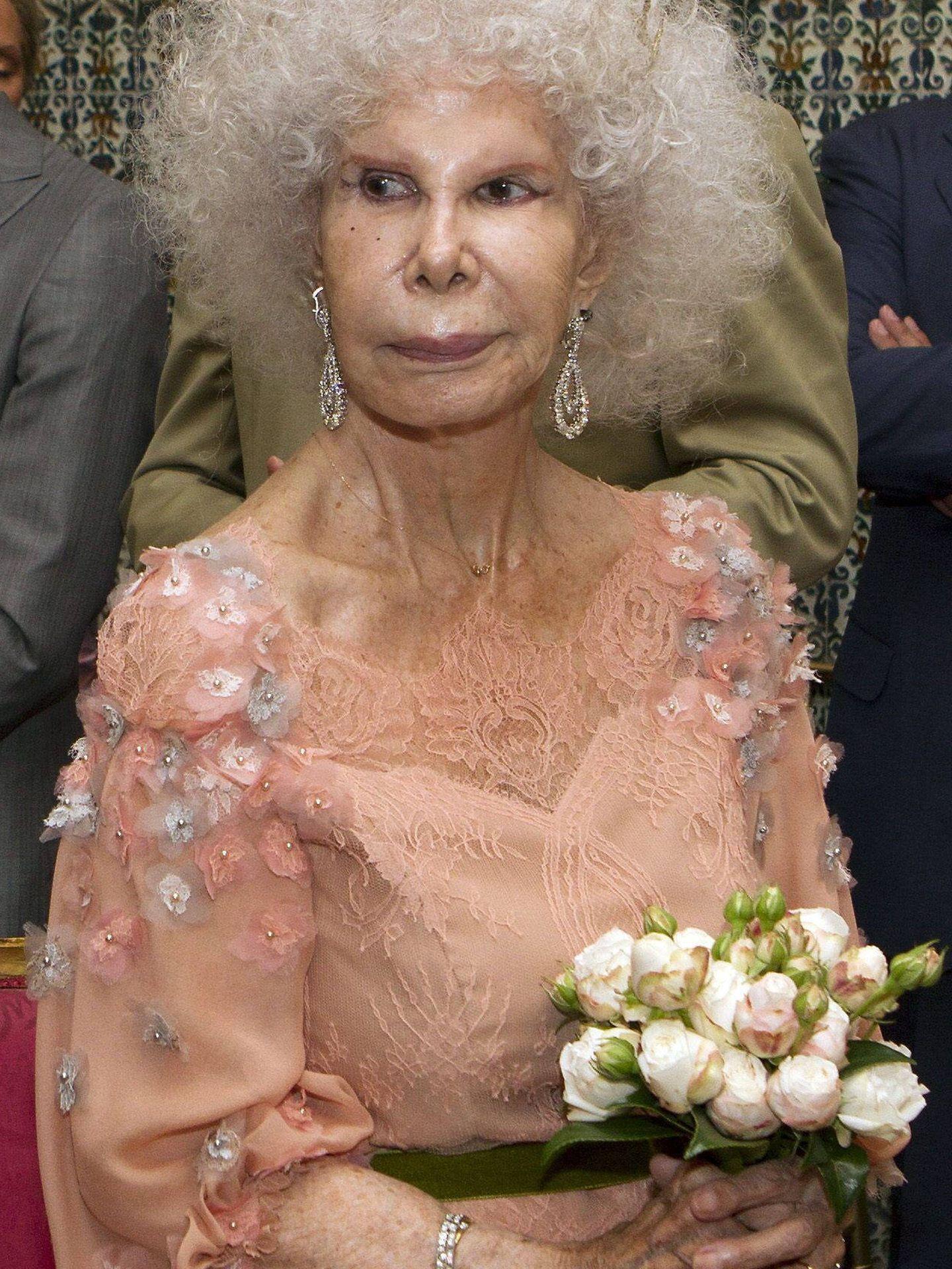 Cayetana de Alba, el día de su tercera boda. (EFE)