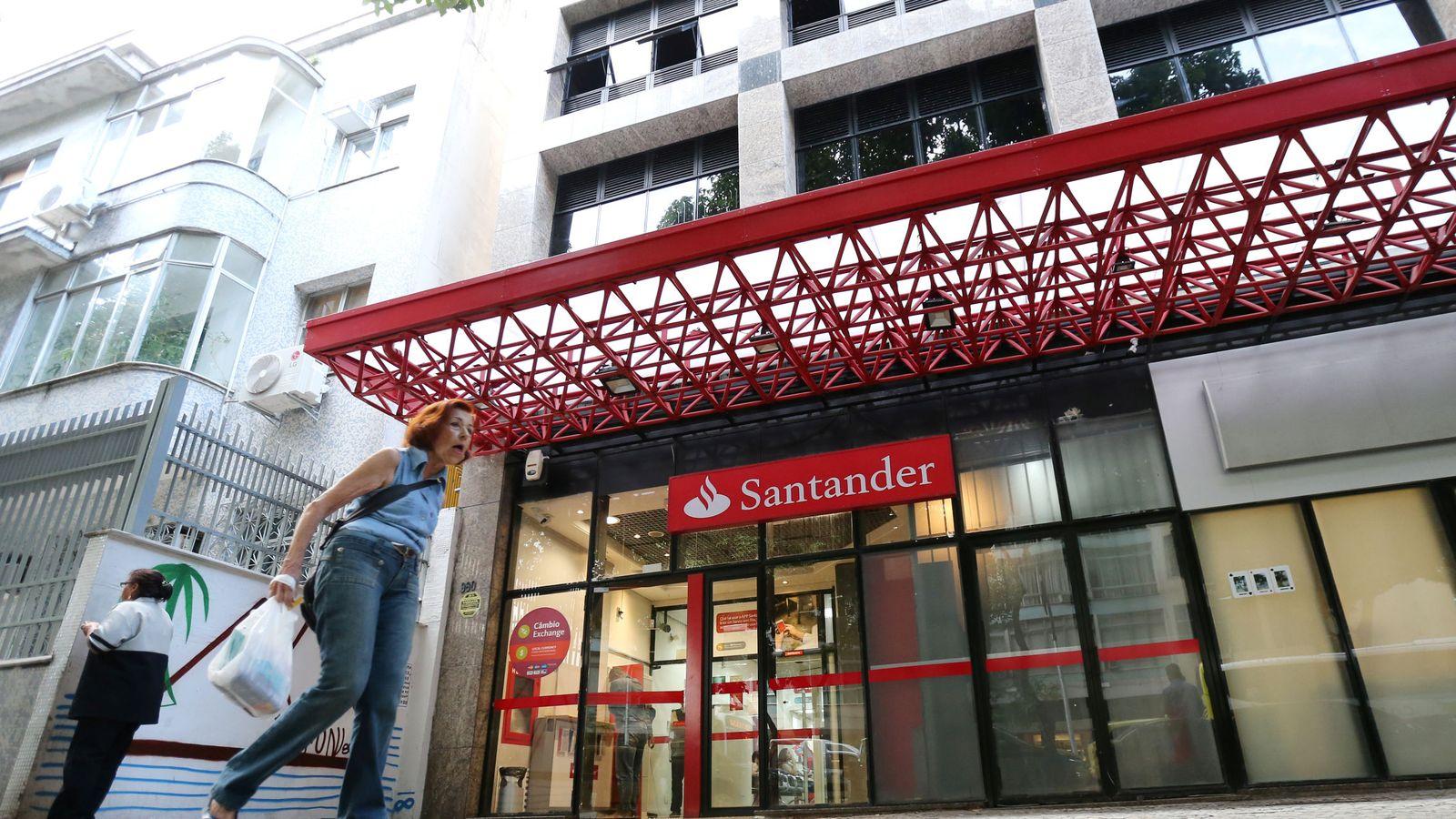 Foto: Oficina del Banco Santander (Reuters)