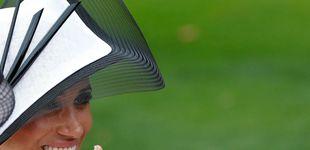 Post de Meghan Markle en Ascot: repite el combo blanco y Givenchy al mes de su boda