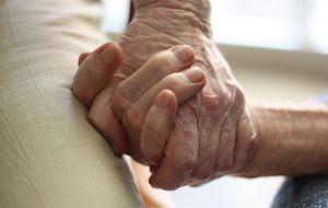 Una 'app' pone en contacto a residencias de ancianos y familiares