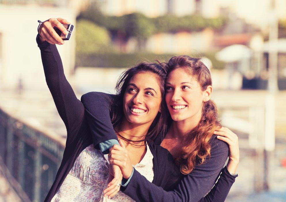 Psicología  En qué se fijan las mujeres cuando miran a otras mujeres 50472838099c