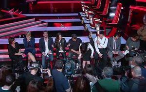 Laura Pausini termina 'coja' la presentación de 'La Voz'