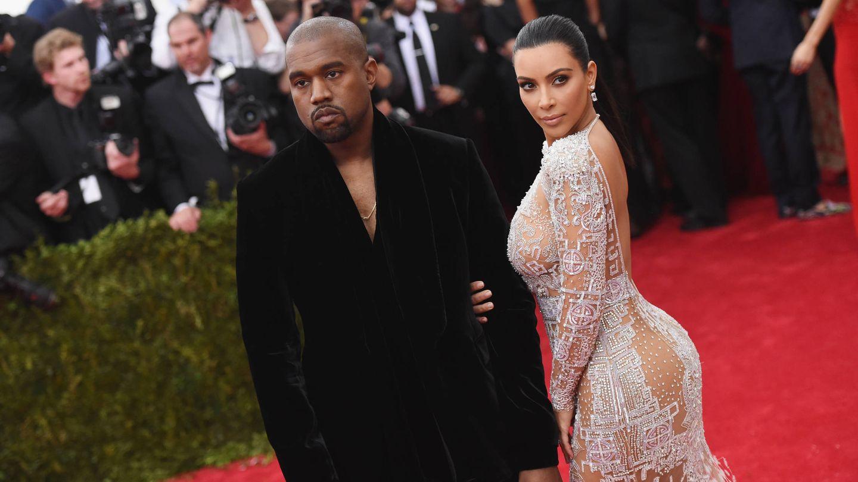 Kanye y Kim, en la gala MET. (Getty)