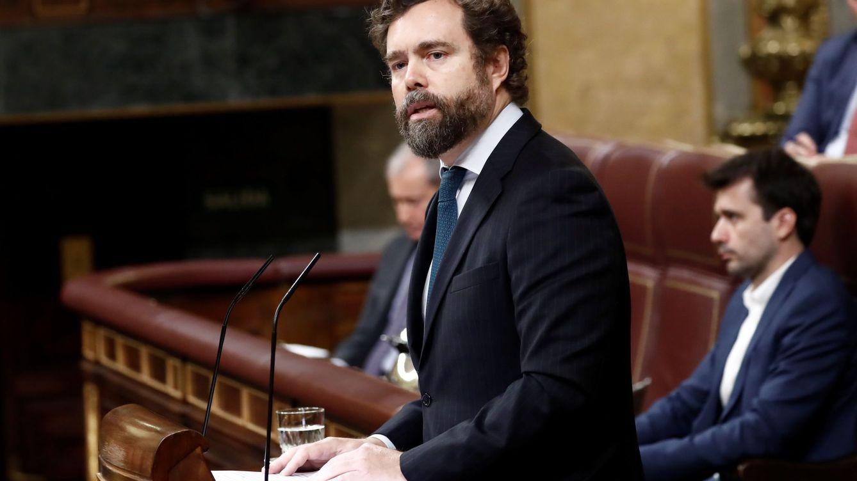 Vox se une al apoyo a Sánchez: El frente común exige remar en la misma dirección