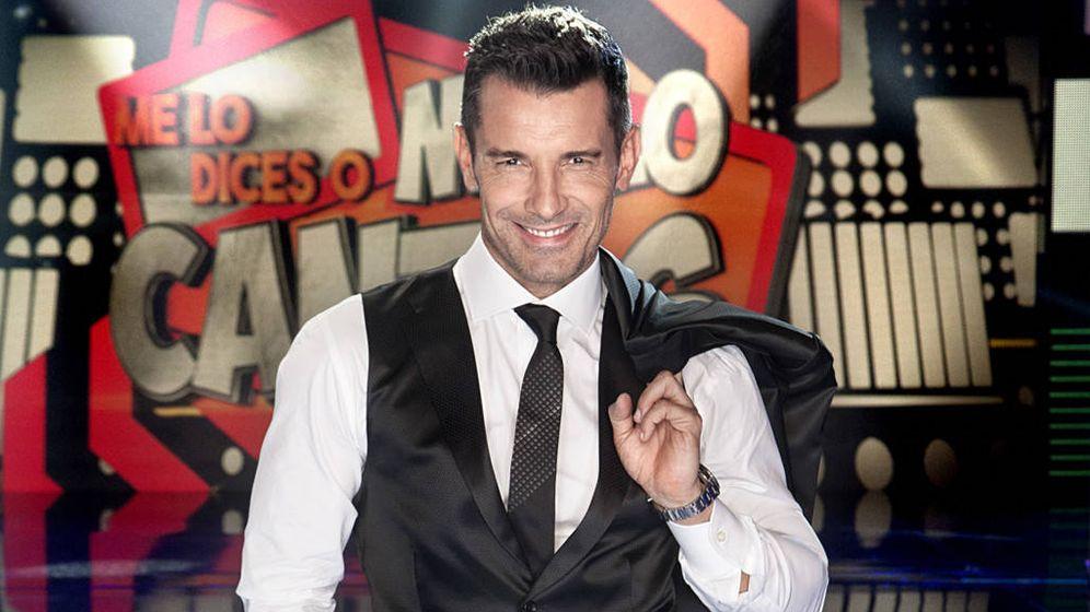 Foto: Jesús Vázquez, presentador de 'Me lo dices o me lo cantas'. (Mediaset)